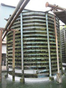 tour de refroidissement avec algues