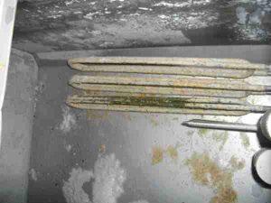 serpentin de chauffage lave-vaisselle plein de chaux